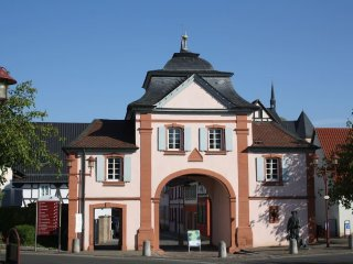 4 bedroom House with Internet Access in Goellheim - Goellheim vacation rentals