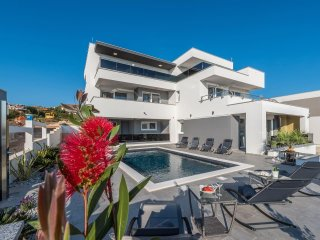 Villa Magnifica, luxury penthouse with a pool - Novalja vacation rentals