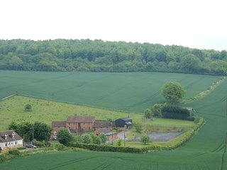 2 bedroom Cottage with Internet Access in Boughton Lees - Boughton Lees vacation rentals