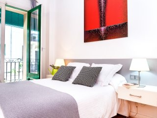 One bedroom apartment in Poblesec - Barcelona vacation rentals