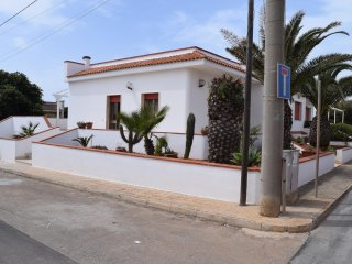 Nice Villa with Television and Water Views - Torre Suda vacation rentals