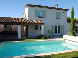 Magnificent golf house in the heart of Provence - Mallemort vacation rentals