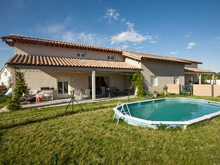Colombet Stay's - Villa avec Piscine - Galargues - Galargues vacation rentals