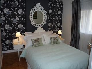 Charming 2 bedroom Apartment in West Byfleet - West Byfleet vacation rentals