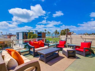 South MB Ocean View 3bd+3ba Corner Townhome! - Pacific Beach vacation rentals