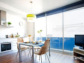 Poblenou Beach two bedroom apartment - Barcelona vacation rentals