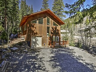 Charming 2BR Dumont Home w/Deck - Near Skiing! - Dumont vacation rentals