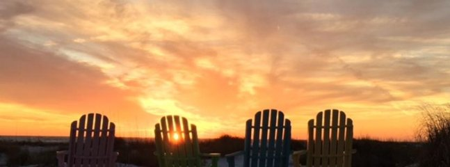 Sunset Time...Join Me? - Wave Crest: 3BR Gulf-Front Beachfront Cottage - Anna Maria - rentals