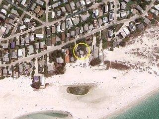 Wave Crest: 3BR Gulf-Front Beachfront Cottage - Anna Maria vacation rentals