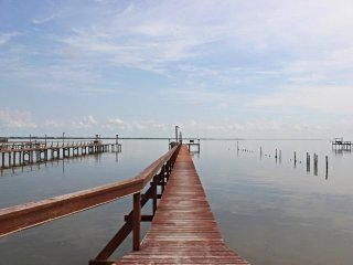 Spacious House with Internet Access and DVD Player - Bayside vacation rentals