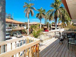 Jo-Joes Beach Place - Holmes Beach vacation rentals
