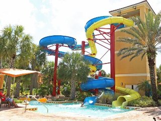 Waterslides, Lazy River, Activites, Clubhouse & More - United States vacation rentals