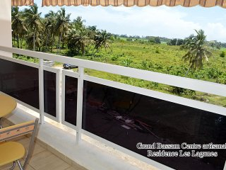 Romantic 1 bedroom Apartment in Grand Bassam - Grand Bassam vacation rentals