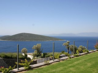 Bodrum Türbükü Upstairs Residence With Perfect Sea View # 167 - Golturkbuku vacation rentals