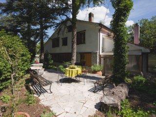 Nice Condo with Television and Wireless Internet - Villa Opicina vacation rentals