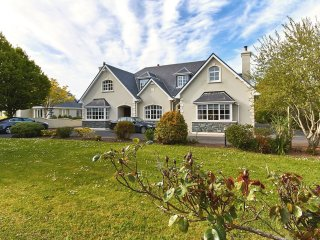 Nunstown Killarney Family Home - Aghadoe vacation rentals