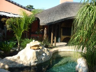 3 bedroom House with Internet Access in Edgemead - Edgemead vacation rentals