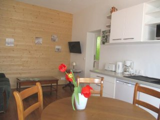 Nice Condo with Internet Access and Television - Romilly-sur-Seine vacation rentals