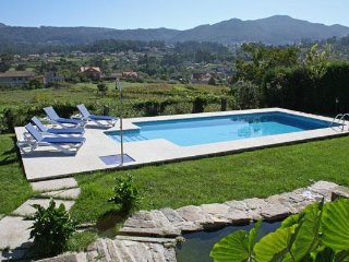 230 Large villa with shared pool near Baiona - Gondomar vacation rentals