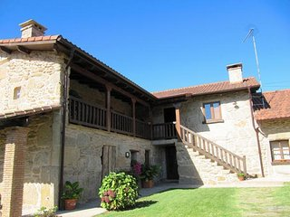 335 Villa with pool near the river - Tui vacation rentals