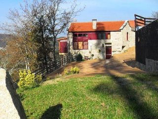 343 Rural house with views and pool - Ponte Caldelas vacation rentals