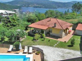 218  Lovely villa with pool and jaccuzi - Vilaboa vacation rentals