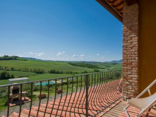 Comfortable Condo with Internet Access and A/C - Volterra vacation rentals