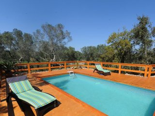 Comfortable House with Internet Access and Shared Outdoor Pool - Spongano vacation rentals