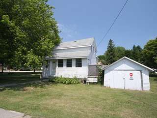 Block From The Beach cottage (#719) - Lions Head vacation rentals