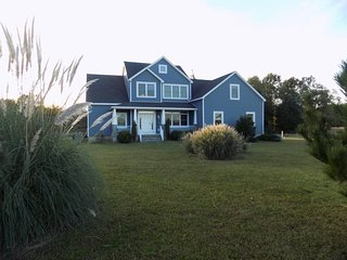Perfect House with Deck and Central Heating - Heathsville vacation rentals