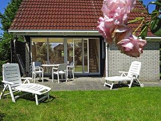 Haus in ruhiger Lage gegenüber dem Nordseedeich am Lauwersmeer - Lauwersoog vacation rentals