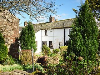 WHITEHALL COTTAGE, upside down accommodation with views over garden, WiFi - Milburn vacation rentals