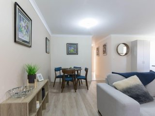 Bed and Breakfast Thornlie Perth WIFI - Thornlie vacation rentals