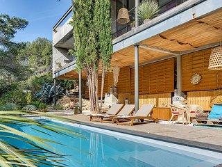 Villa d'architecte au plus près de la nature à Sai - Saint Cyr sur mer vacation rentals