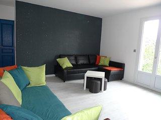 """"""" Les oliviers""""  appartement neuf 3 pièces tout équipé, proche Avignon,au calme. - Pujaut vacation rentals"""