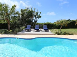 Private Pool Apartment- Walking Distance to Town - Paget vacation rentals