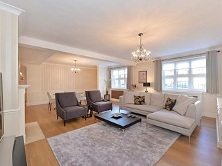 Quiet, Central London, Zone 1 family home - London vacation rentals