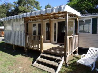 Nice Caravan/mobile home with Internet Access and Tennis Court - Saint-Brevin-les-Pins vacation rentals