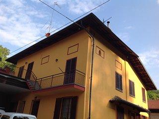 Cozy 1 bedroom Moncalieri Bed and Breakfast with Internet Access - Moncalieri vacation rentals