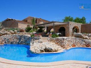 3 bedroom Villa with Internet Access in Saint Llorenç des Cardassar - Saint Llorenç des Cardassar vacation rentals