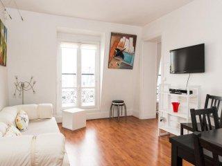 Monceau apartment in 17ème - Arc de Triomph with WiFi & lift. - Paris vacation rentals