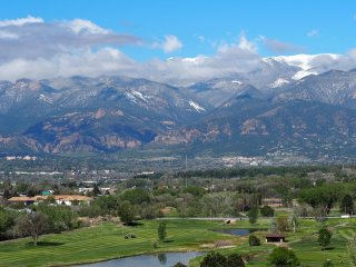 Better than a hotel, with much more room - Colorado Springs vacation rentals