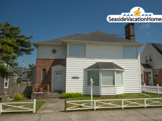 1961 S Prom - Ocean Front - On the Promenade - Seaside vacation rentals