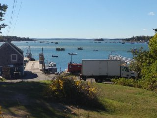 Remarkable Four Gable House Overlooking Friendship Harbor - Friendship vacation rentals