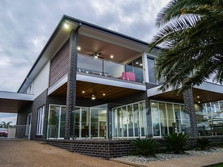 Perfect 5 bedroom Vacation Rental in Mulwala - Mulwala vacation rentals