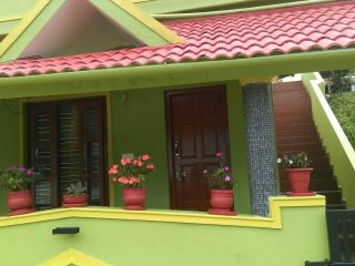 1 bedroom Bed and Breakfast with Housekeeping Included in Madikeri - Madikeri vacation rentals