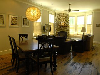Luxurious home steps away from the river in South Main Neighborhood - Buena Vista vacation rentals