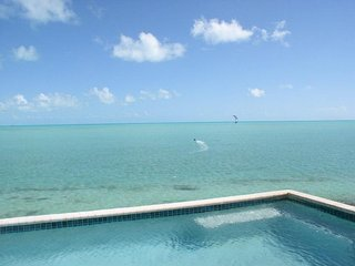 VILLA KENDARA - SEAFRONT LUXERY - GREAT VIEW & AMENITIES - PRIVATE & CONVENIENT - Long Bay Beach vacation rentals