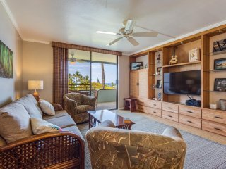 Condo at Magic Sands: Brand New Rental, Top Floor, Ocean Views and Quiet - Kailua-Kona vacation rentals