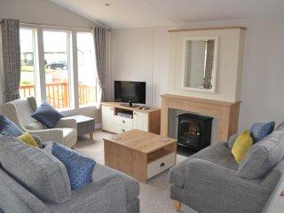Brock Dene - Accessible Holiday Lodge - Sleeps 8, wetroom, Northumberland - Beal vacation rentals
